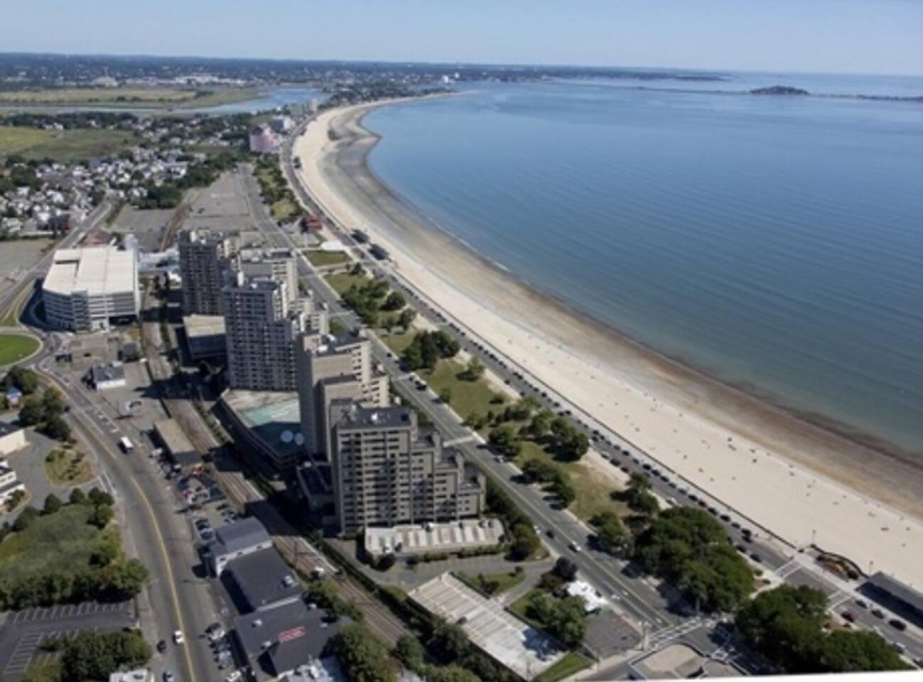 LUXURY BEACH SIDE FLAT SAVE $$$ BOSTON STAY #3 photo 5756445