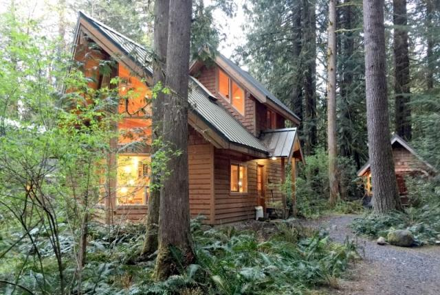 Mt. Baker Lodging  Cabin #4 – HOT TUB, BBQ, PETS OK, SLEEPS-5! photo 59204