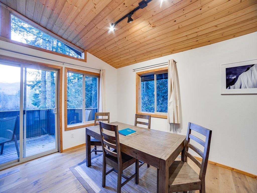 Apartment Mt  Baker Lodging Cabin  54     MT VIEW  BBQ  WIFI  D W  W D  SLEEPS-6  photo 3998646