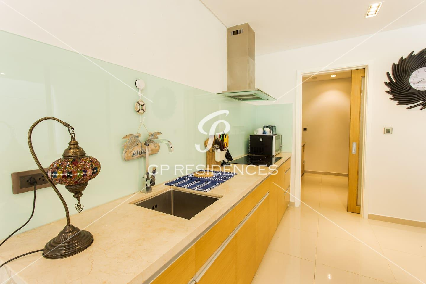 Apartment THE POINTS with Private Pool- FREE PICK UP photo 18408296