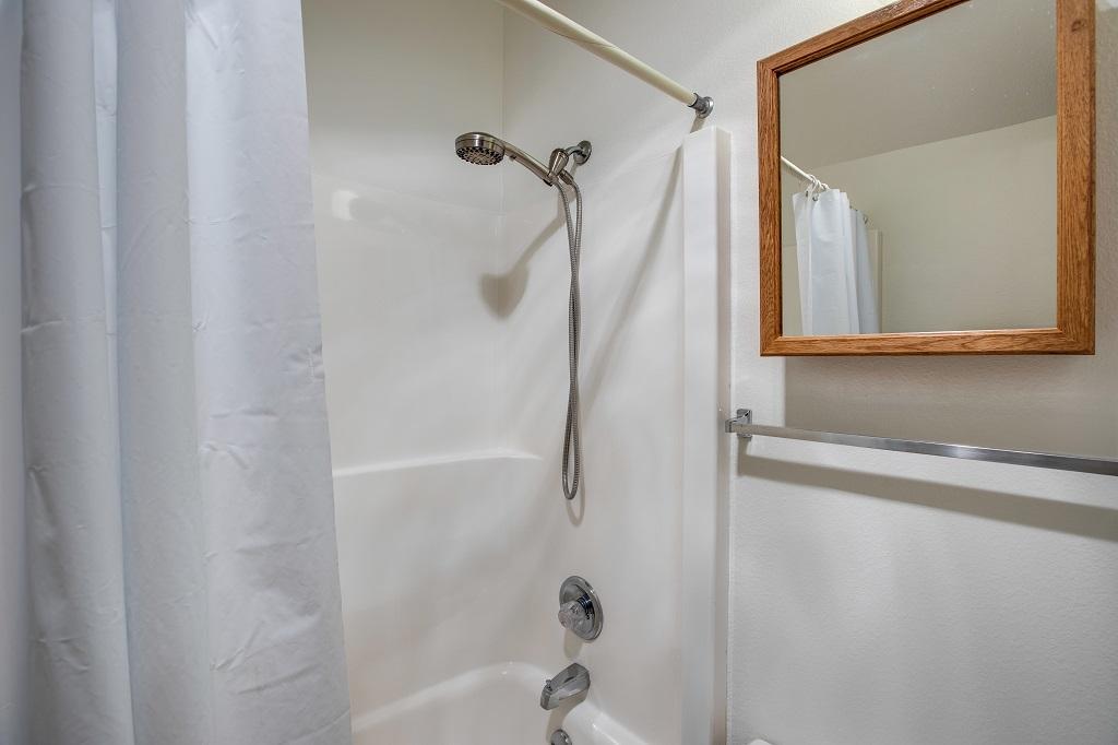 Apartment Mt  Baker Lodging Condo  06  ndash  FIREPLACE  DISHWASHER  W D  SLEEPS 7  photo 31817462