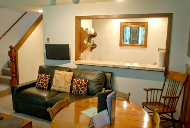 Mt. Baker Lodging Condo #57 – FIREPLACE, DISHWASHER, WASHER/DRYER, SLEEPS-6! photo 61247