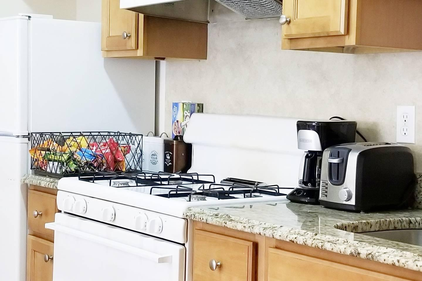 Apartment BOSTON AIRBNB SAVE     ON STAY  2A photo 5756413