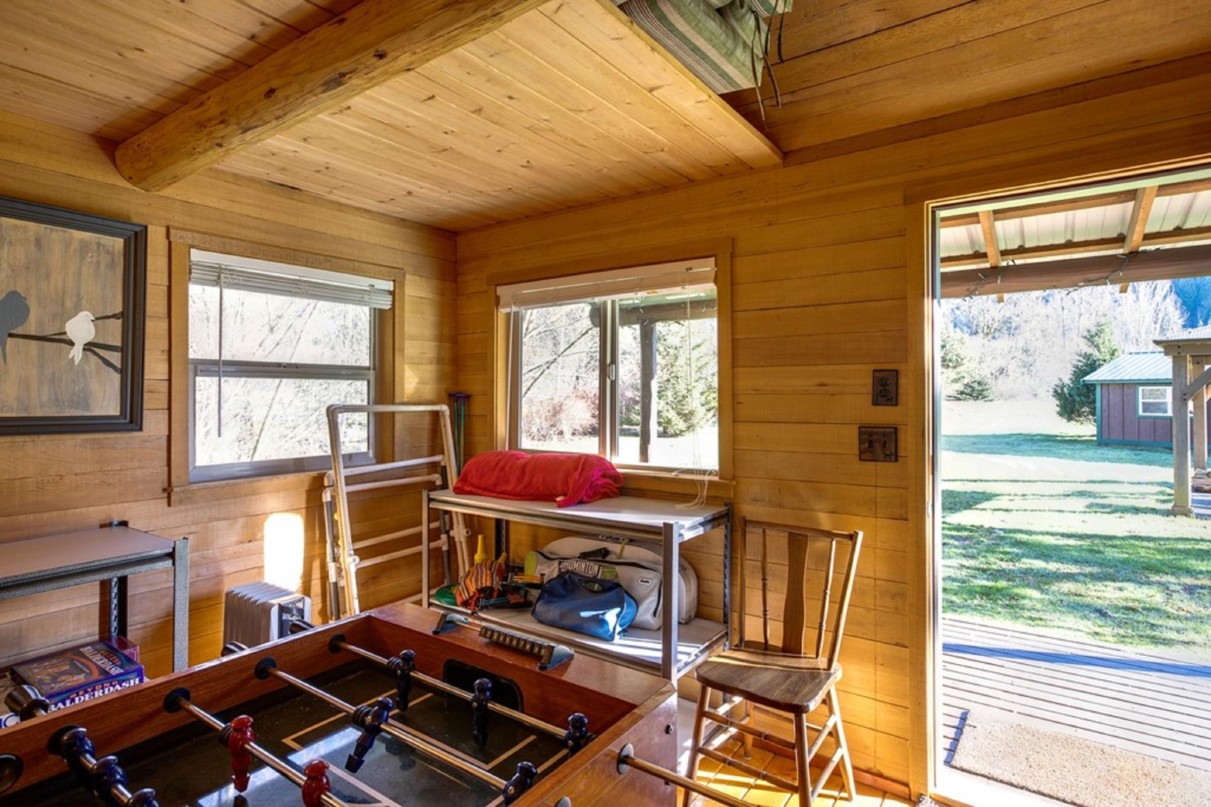 Apartment Mt  Baker Lodging Cabin  72  ndash  PET FRIENDY  MT VIEWS  BBQ  SLEEPS 2  photo 31818168
