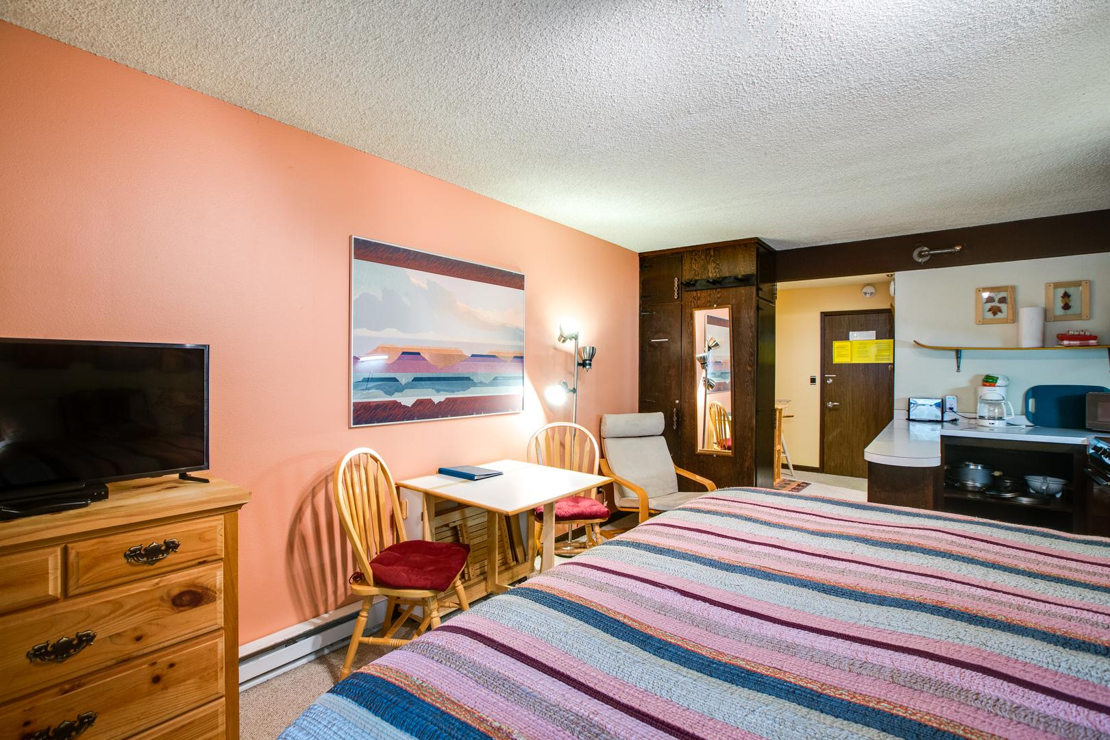 Mt. Baker Lodging Condo #46 – CONVENIENT, ECONOMICAL, KITCHENETTE, SLEEPS-2! photo 31816899