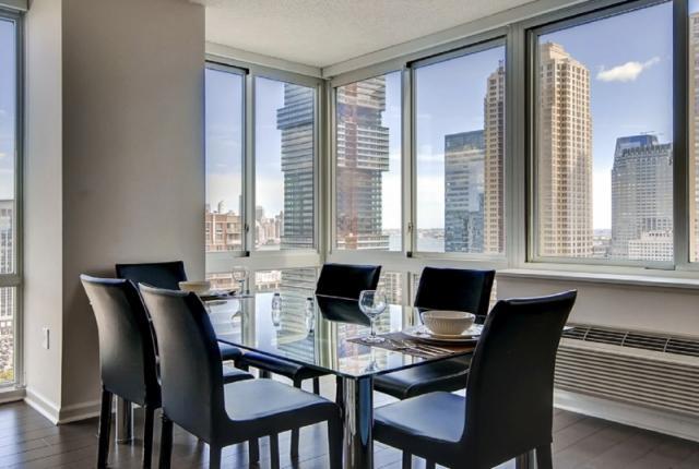 Luxury Apartments at Newport photo 53310