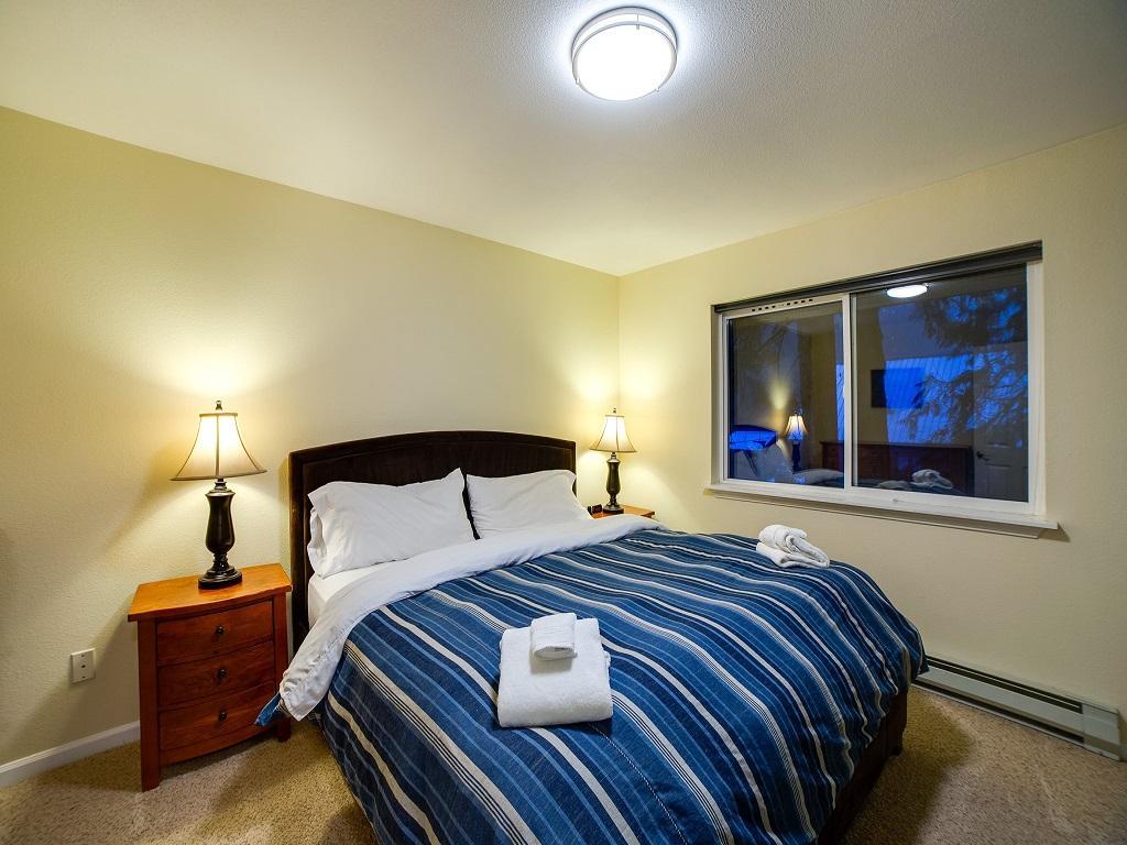 Apartment Mt  Baker Lodging Cabin  62     HOT TUB  BBQ  PETS OK  WIFI  SLEEPS-6  photo 4000758