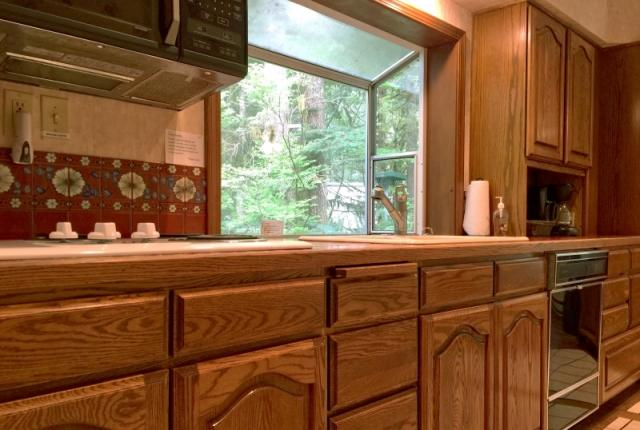 Mt. Baker Lodging Cabin #13 – HOT TUB, PETS OK, WIFI, SLEEPS-8! photo 59393