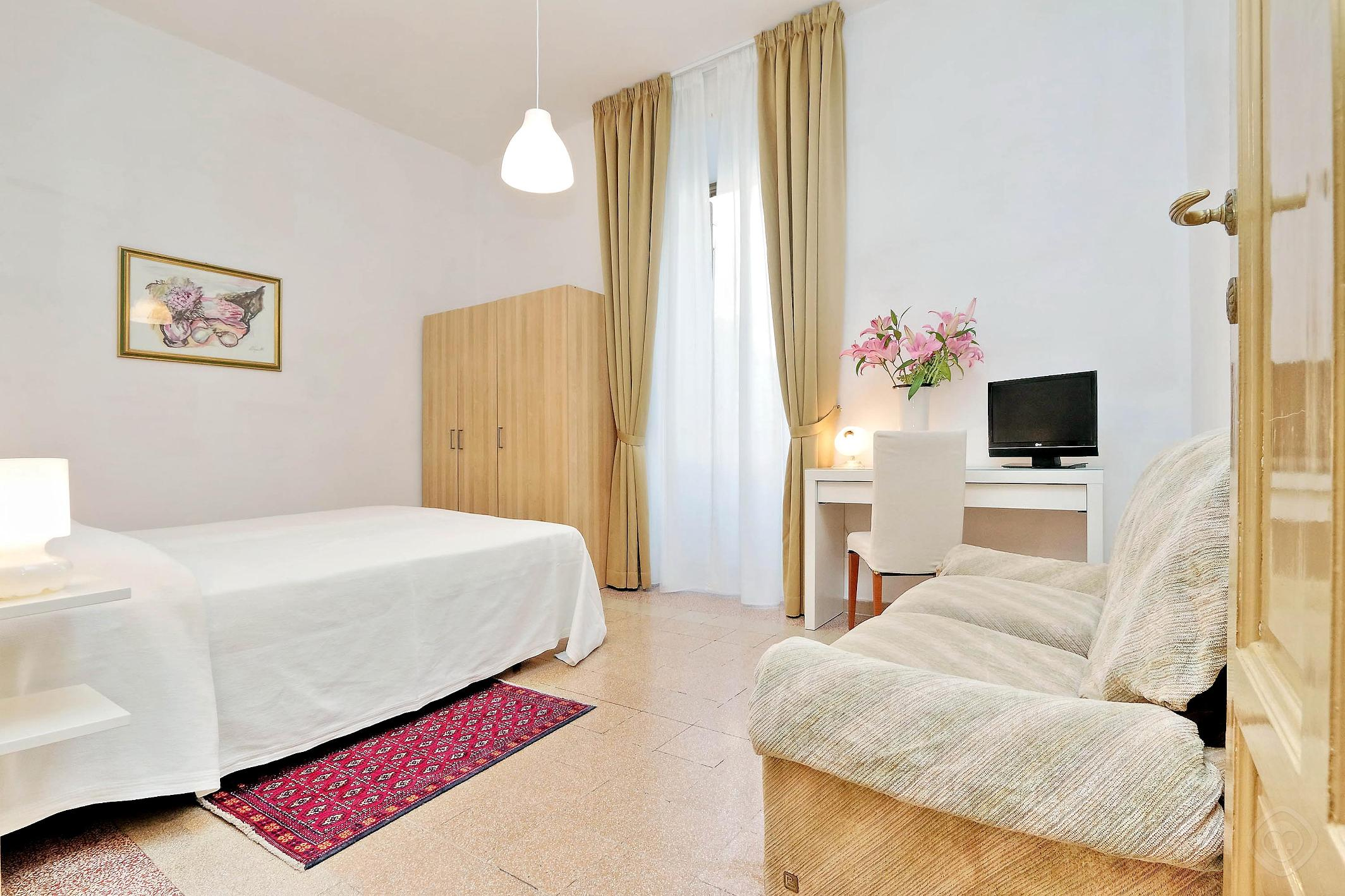 Authentic Family apartment Rome photo 31815511
